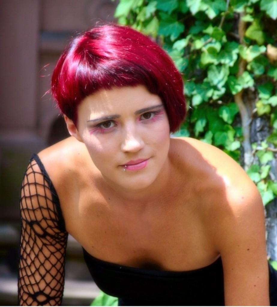 rote Haare, rothaarige Kurzhaarfrisur, Glänzende Haare